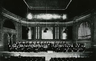 Walter Damrosch conducts the New York Philharmonic, 1902