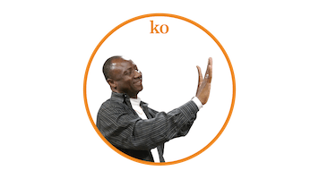 "Yacouba demonstrates the clapping pattern for ""Wawanko"": last step ko"