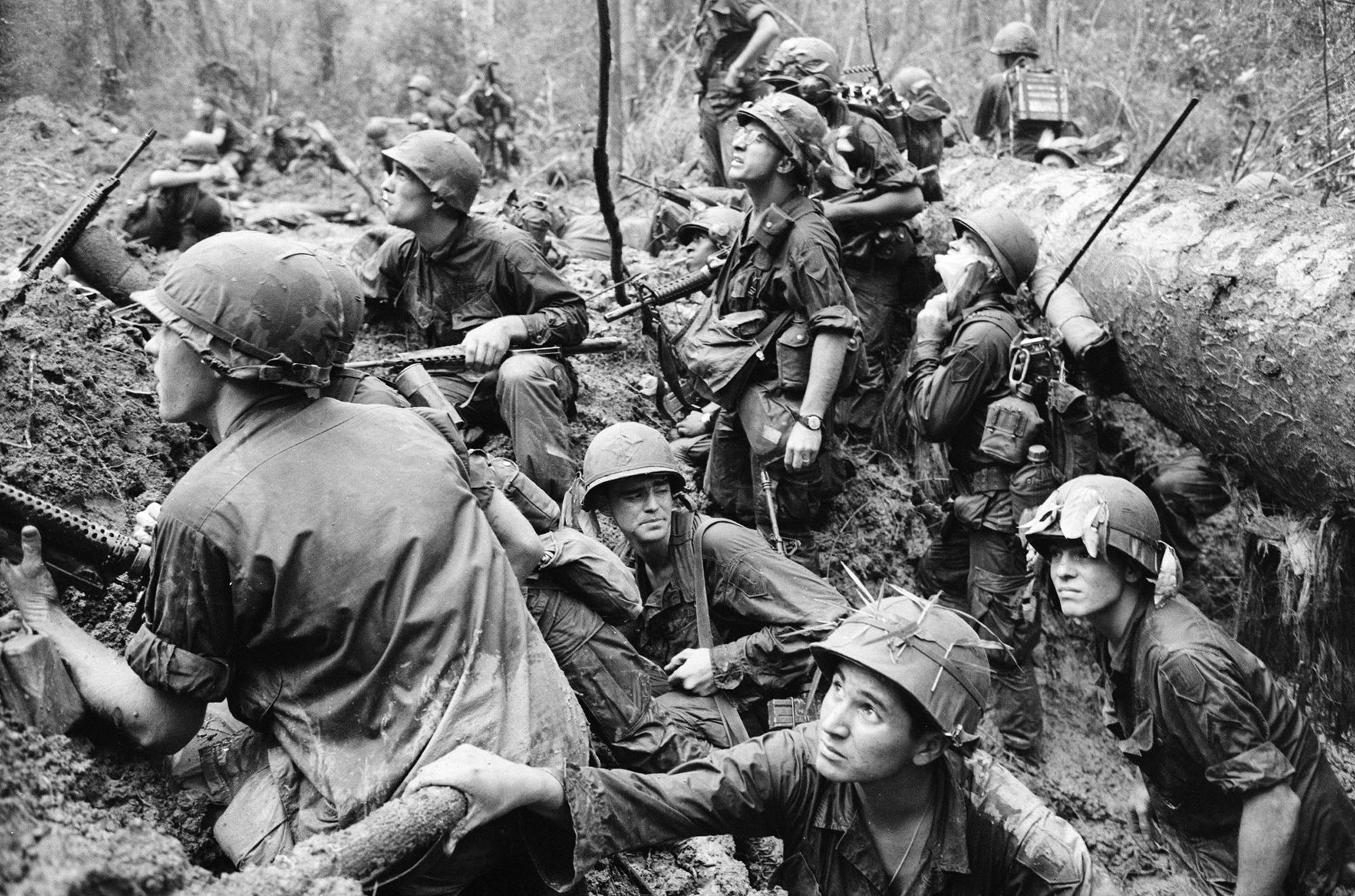 Watch 7 Groundbreaking War Photos That Changed The Way We View The World video