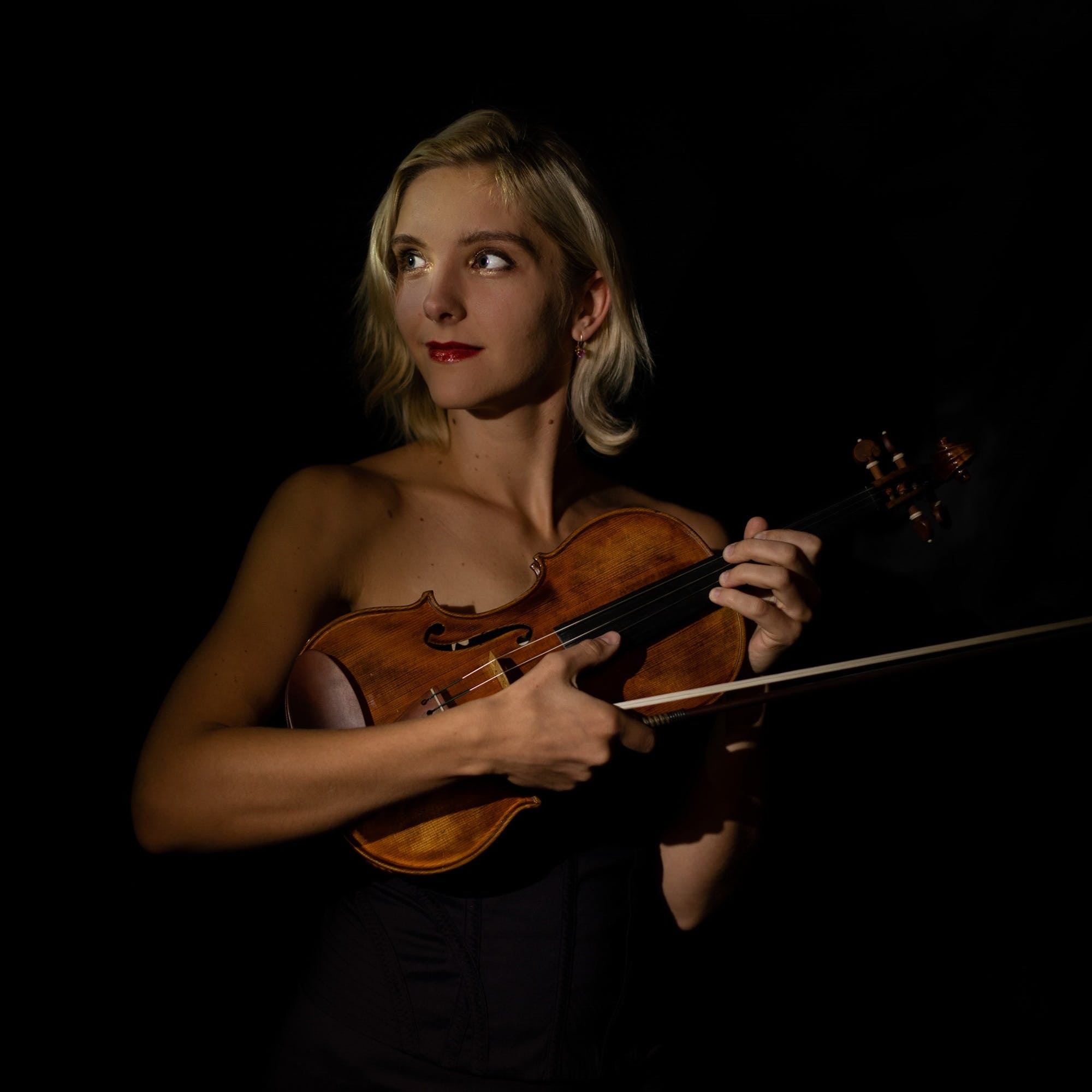 IMPORT Margarita Krein, Violin; Asia Ahmetjanova, Piano, at Carnegie Hall