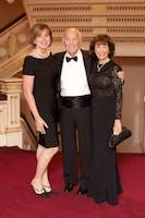Earle S. and Linda Altman with Pamela Gallin Yablon (Photo by Julie Skarratt)